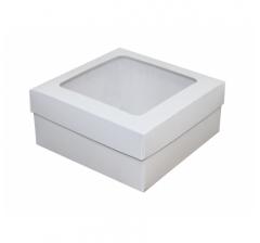 Белые коробки с окном