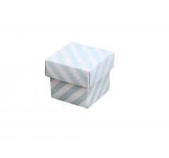 Коробка подарочная 35*35*35 мм голубая полоска