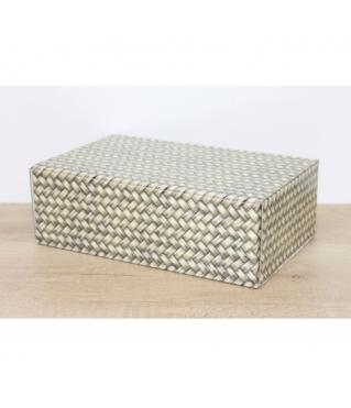 Коробка 24*15,7*8 см, дизайн 2020-46