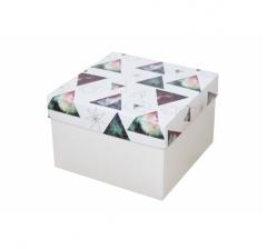 Коробка 150*150*100 мм, дизайн НГ2020-13, белое дно