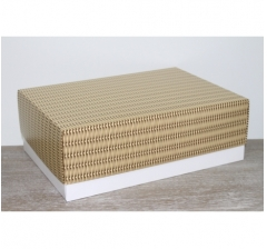 Коробка подарочная 390*270*130 мм, дизайн 2020-56 белое дно