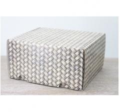 Коробка подарочная 180*157*90 мм, дизайн 2020-46