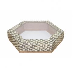 Коробка подарочная с окном 200*200*40 мм, дизайн 2020-12, крафт дно