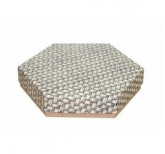 Коробка подарочная 200*200*40 мм, дизайн 2020-12, крафт дно